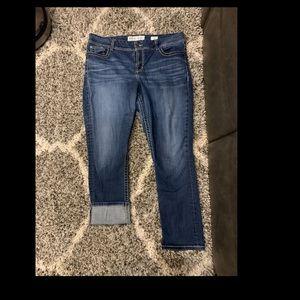 BKE size 36 cropped jeans